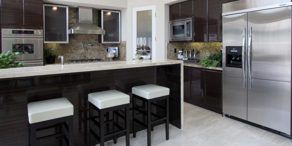 Rsi cabinets careers sink base kitchen cabinet in for Cheap kitchen cabinets st louis